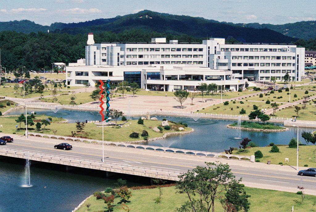 1995년 9월 KAIST 캠퍼스 모습.