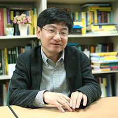 수리과학과 학과장 이용남 교수