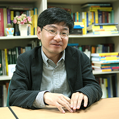 Lee, Yongnam Professor, Head of Department
